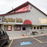 Captain's Table resmi