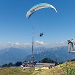 Spectacular view from a paraglider, better than from the panoramic platform!