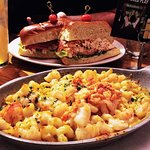 Tom's Urban Lobster Roll and Lobester/Shrimp Mac n Cheese