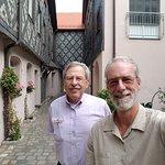 #NurembergToursinEnglish with #HappyTourCustomers at the Gabrielschul in Fürth