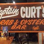 صورة فوتوغرافية لـ Captain Curt's Crab & Oyster Bar