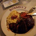 صورة فوتوغرافية لـ Bonnell's Restaurant