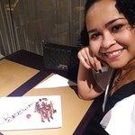 Mini bolo ofertado pela casa em comemoração ao aniversário.