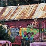 Squeeze Inn Foto