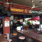 Φωτογραφία: Howzat Sports Bar