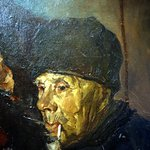 Detail van een van de grote schilderijen
