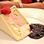Casatta (Dessert-Neapolitan ice cream)