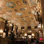 Palmer House Hotel bar ceiling - Capone hangout
