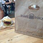 Φωτογραφία: Shake Shack Theater District