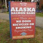Foto de The Alaska Salmon Bake