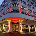 Hard Rock Cafe Berlin, located on boulevard Ku'damm. 2 floors, 2 bars, terrace and balcony.