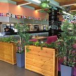 Менза Сокольники - большой просторный зал, который подойдет для любой компании
