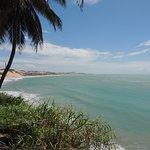 Vista do Mirante, de onde se veem os golfinhos