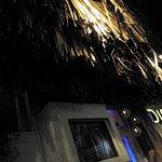 Foto de Dish Bar Party Restaurant