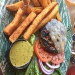Bilde fra Madrona Bar & Grill