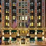 The Algonquin Hotel Times Square, Autograph Collection