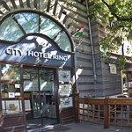 City Hotel Ring