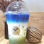 Butterfly Pea With Green Tea 80 Baht