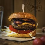 Bacon cheeseburger with whiskey sauce