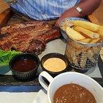 Foto van Whispers Restaurant- Bar
