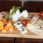 Asorted cheese plater