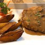 Bild från Diver's Inn Steakhouse and International Cuisine