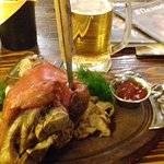 Beerhouse Moscow - Pork knuckle