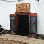 Foto de Pizzeria El Charrua