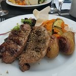Grilled lamb with summer vegetables