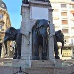 Foto di La Fontaine des Elephants (Fountain of Elephants)