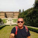 Ao fundo Palácio Pitti