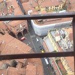 ボローニャの斜塔 (アシネッリの塔 ガリセンダの塔)の写真