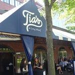 Tia's Restaurant (entry)