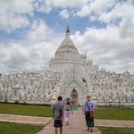 Mingun Myatheindan Pagoda