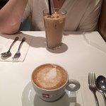 Foto de Spot Dessert Bar