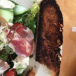 Bilde fra Sola Strand Restaurant