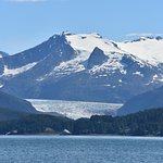 Mendenhall glacier from the boat 🚢
