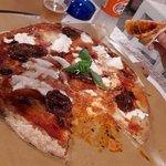 Photo of Maxi Pizza