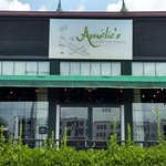 Фотография Amelie's French Bakery