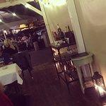 Tango Restaurant & Pub resmi