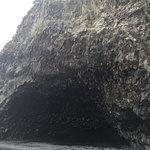 Foto de Black Sand Beach