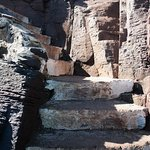 Escadaria de acesso ao topo das rochas