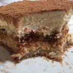 A lasagna de berinjela é maravilhosa, o tiramisù perfeito!!!