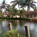 OYO 9766 Coir Village Island Lake Resort Photo
