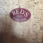 Red's Ice House resmi