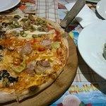 Пица и равиоли со шпинатом