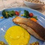 salmão muito bem cozinhadoi