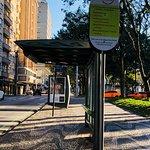 Identificação da parada dos ônibus Linha Turismo