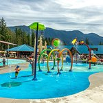 Beat the heat on the newly improved Family Spray Park, perfect for all ages!
