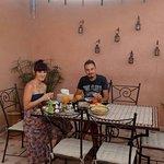 Le petit déjeuner sur terrasse